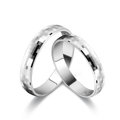 【格纹】18K金戒指